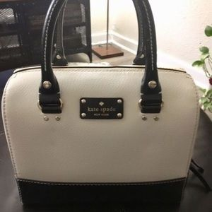 Kate Spade Black & White Handle Bag